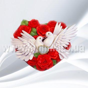 Влюбленные голуби