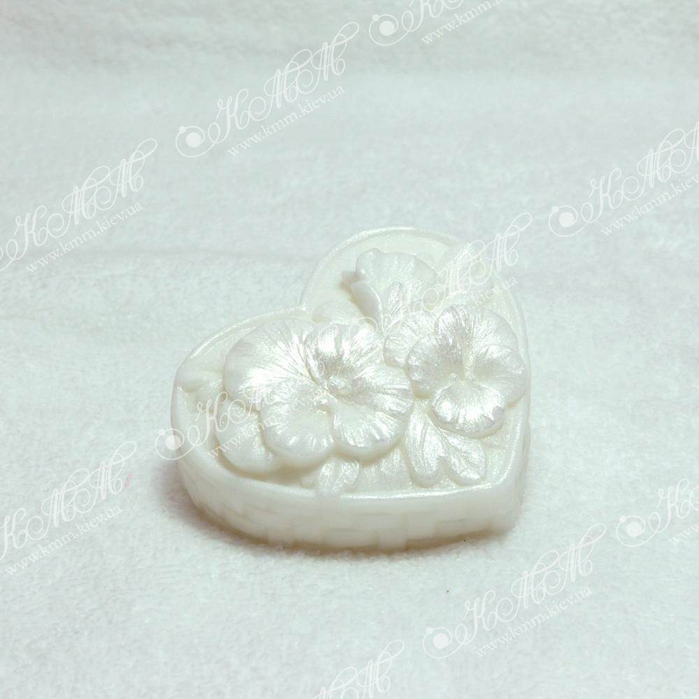 Мыло Сердечко цветов - белое