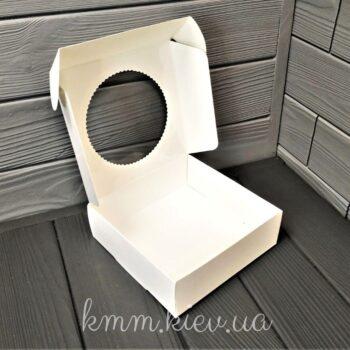 Коробка с круглым окном Белая