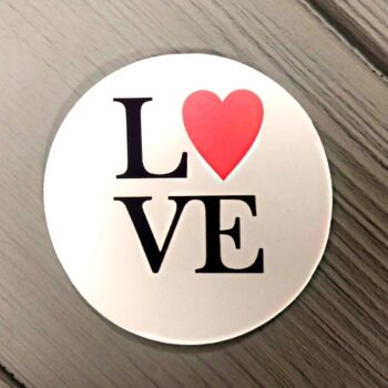 Наклейка Love 3шт 50мм