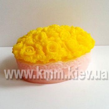 Ажурный овал с розами 3D